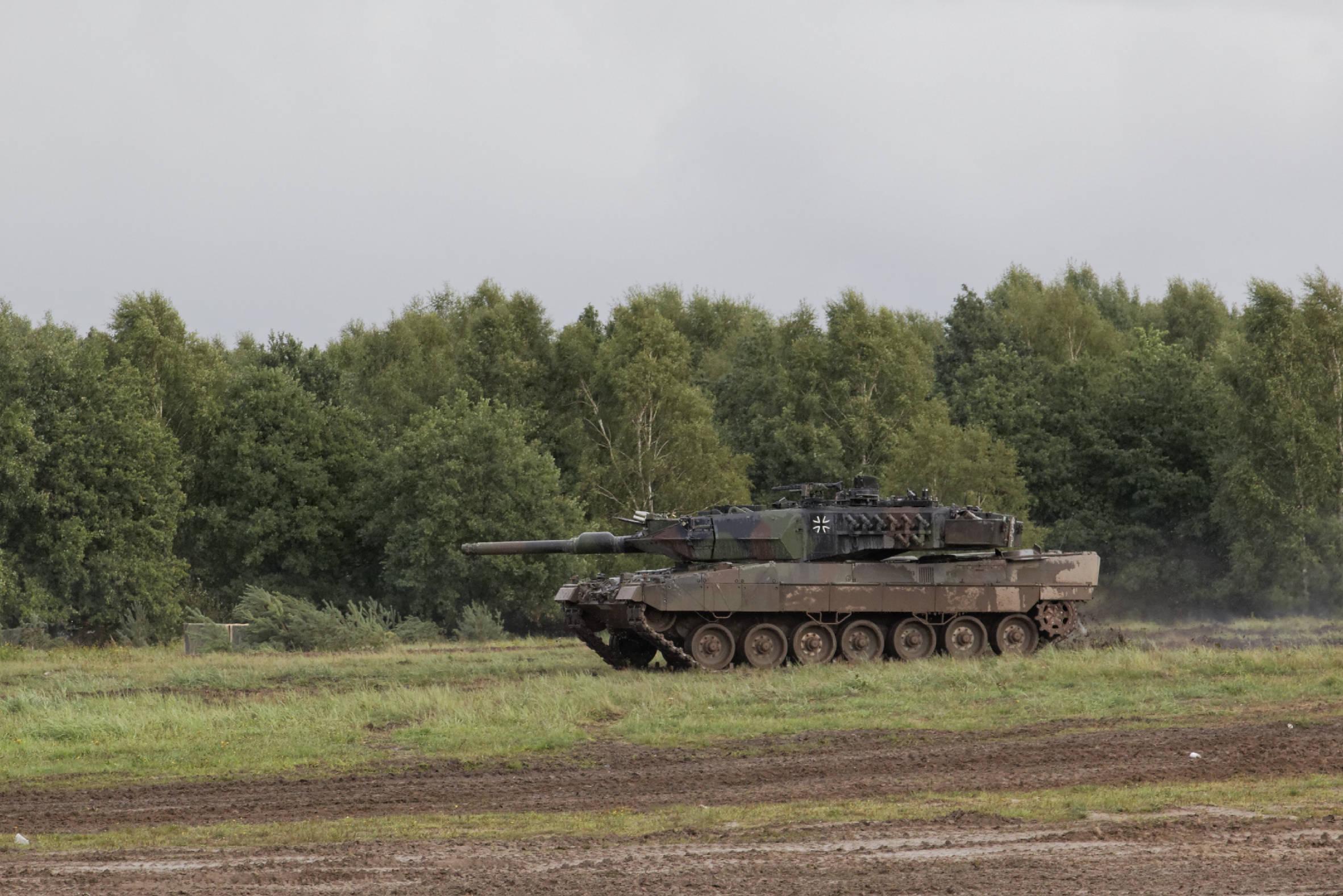 Die Schweiz besitzt mehr Panzer als Deutschland