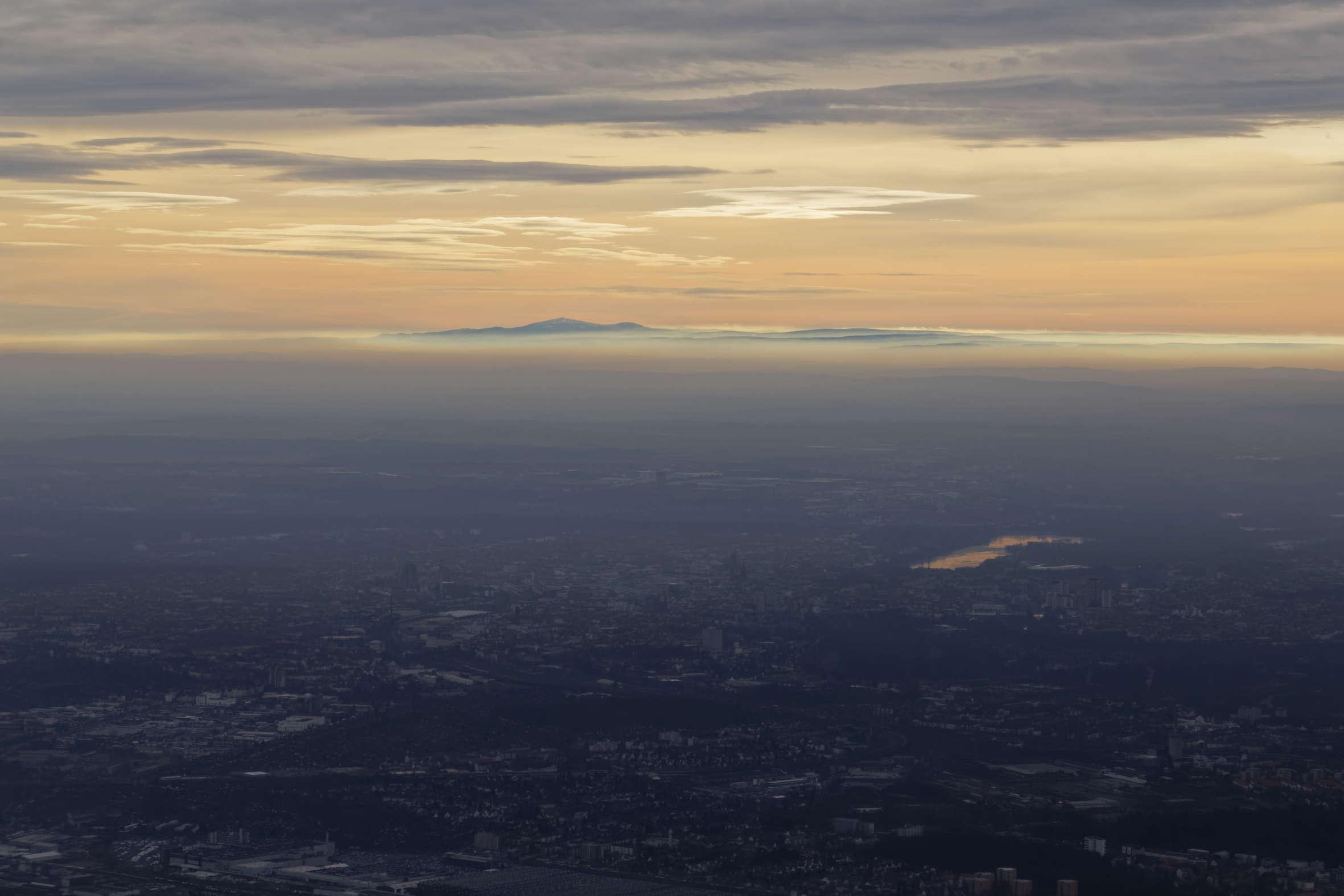 Ungewöhnlicher Blick von Hannover bis zum Brocken